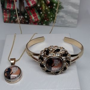 Girls Night Out Necklace Set